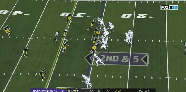 Watch Incomplete Hitch GIF by @mountaintiger on Gfycat. Discover more Northwestern Football GIFs on Gfycat