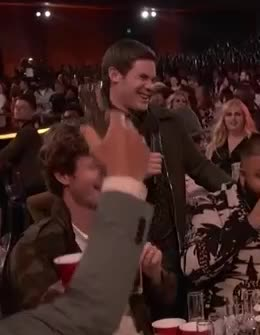 Adam Devine, MTV Awards, MTVAwards, MTVAwards2017, cringe, wince, My Life Right Now Adan Divine GIFs