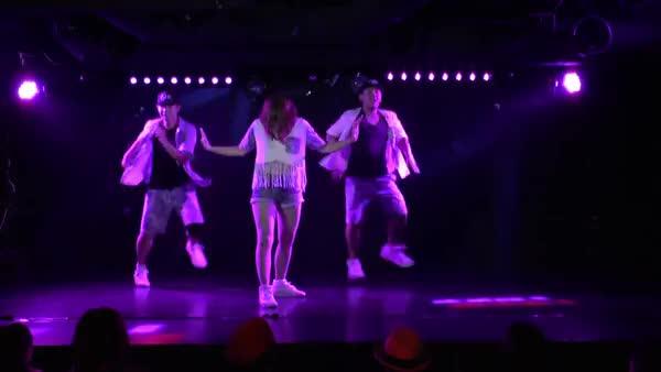 B prosper / HOT PANTS vol..35 DANCE SHOW (reddit)