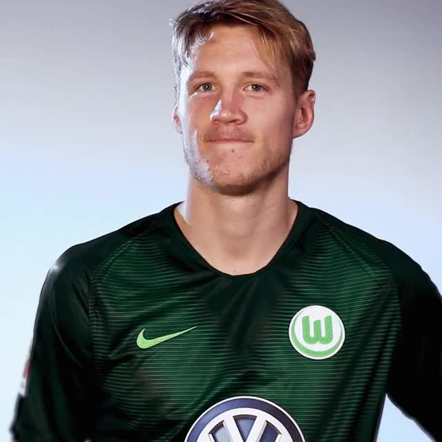 Watch and share 9 Clap GIFs by VfL Wolfsburg on Gfycat