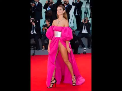 af4d2714ce6 The Most Revealing Celebrity Red Carpet Dresses Of All Time.... GIF ...