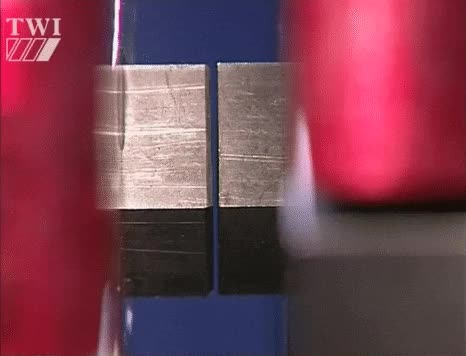 Rubbing 2 pieces of metal together : chemicalreactiongifs GIFs