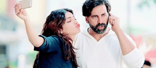 Gabbar, My Gifs, akshay kumar, bollywood, bollywood2, celebs, gabbar, infinite edits of akshay kumar, me as hell when I meet akki bby and ask for a selfie, me as hell when i meet akki bby and ask for a selfie, my gifs, shruti hassan, that white in his beard, you're killing me ughhhh,  GIFs