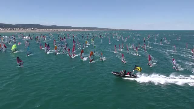 Watch and share Nicolas Warembourg GIFs and Windsurf Gruissan GIFs by Park  Youngjin on Gfycat