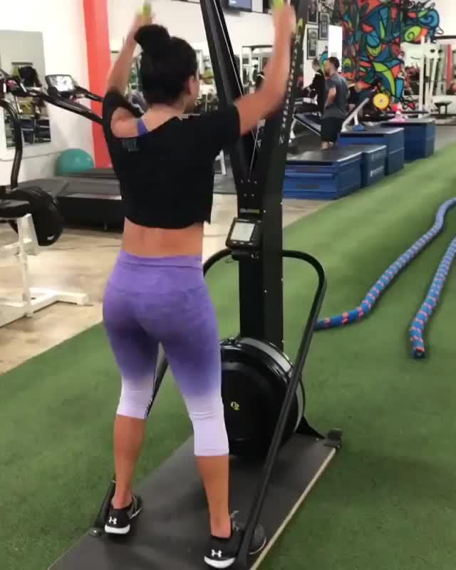 Watch and share Hardcoreainsley 2018-09-22 05:05:19.712 GIFs by Pams Fruit Jam on Gfycat