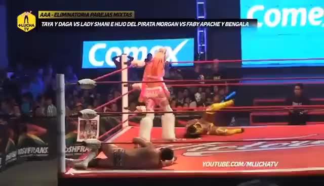 Watch Taya y Daga vs Faby Apache y Bengala vs Lady Shani e H. del Pirata Morgan, AAA en Cuautitlán. GIF on Gfycat. Discover more related GIFs on Gfycat