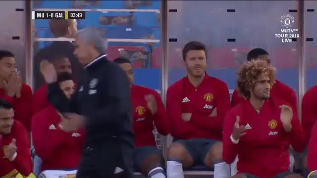 Watch bettereveryloop GIF on Gfycat. Discover more mu, reaction, zlatan GIFs on Gfycat