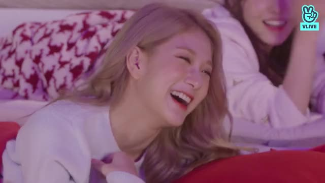 Watch and share Seoyeon GIFs and Fromis GIFs by MrKunle on Gfycat