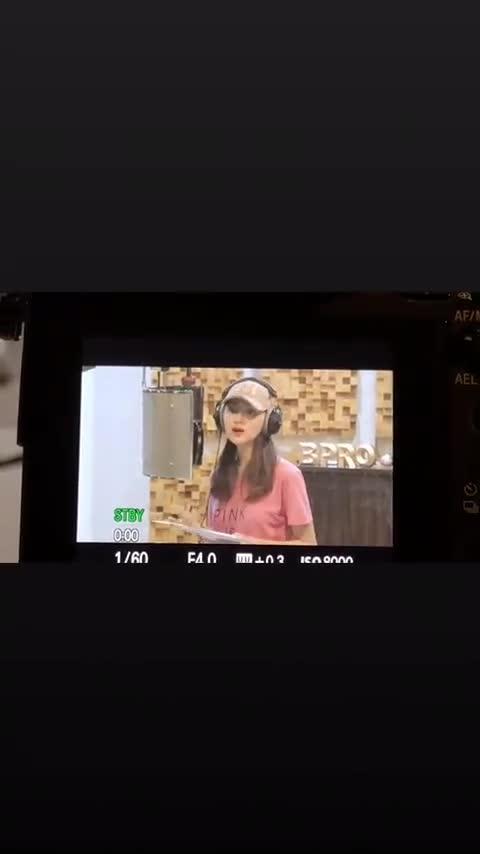Tết 2019, chắc chắn playlist nhạc mừng Xuân không thể nào thiếu ca khúc này của Hương Giang