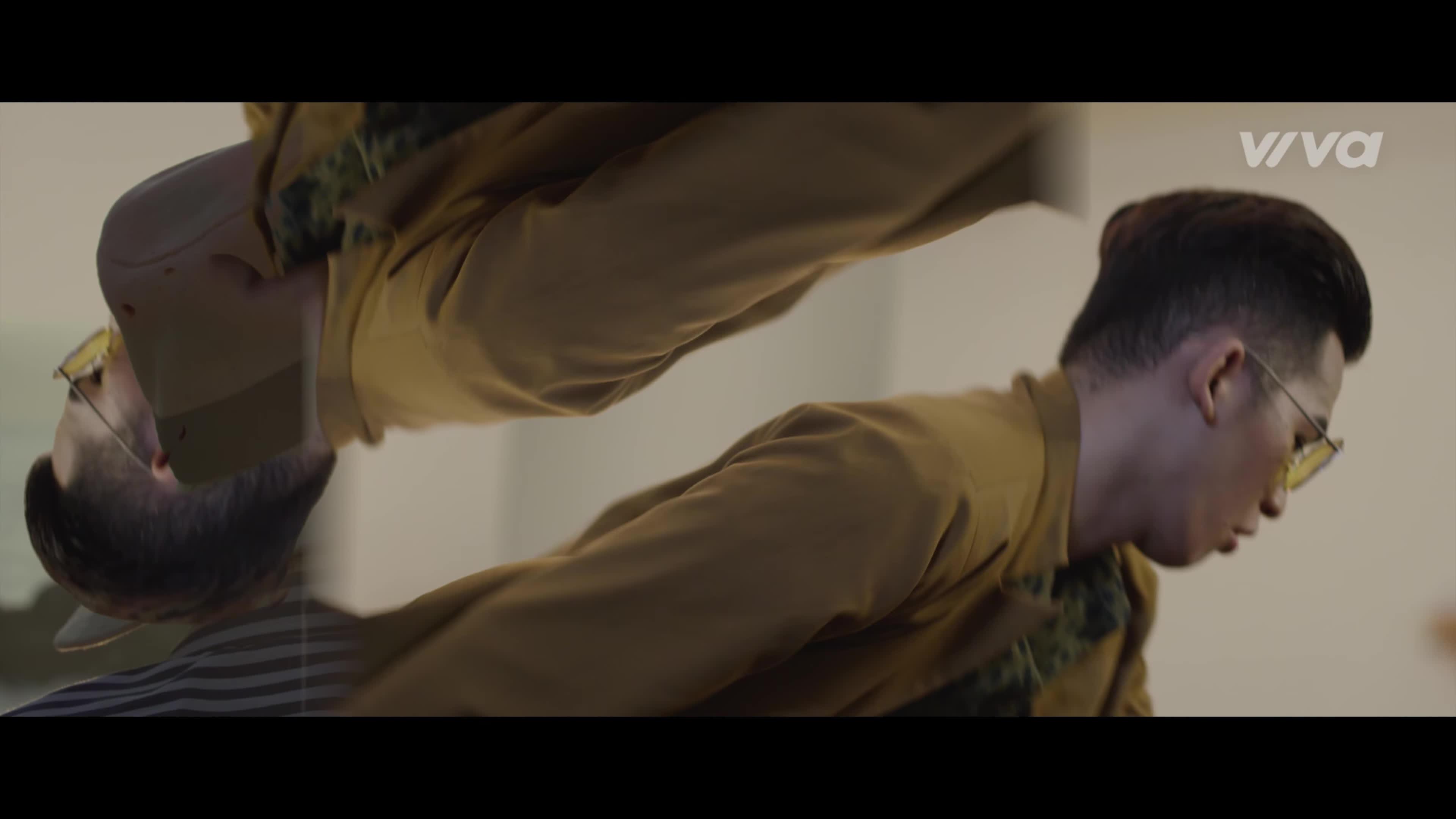 Ali Hoàng Dương: Ca khúc cầm cưa quốc dân và MV chấm phá sự nổi loạn đầy sáng tạo