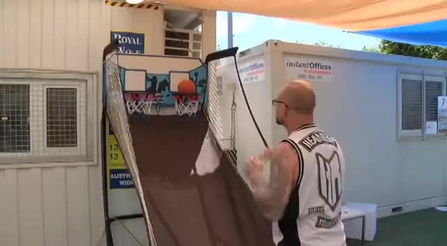 Ivan Moody basketball