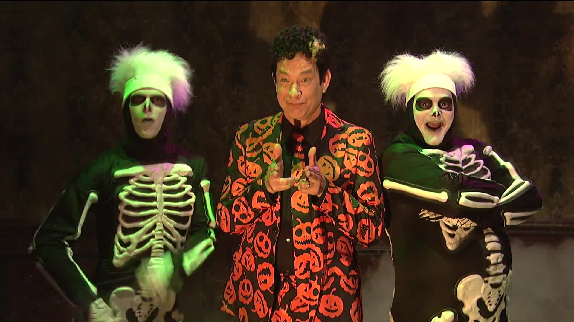 david pumpkins, david s pumpkins, halloween, saturday night live, season 42, snl, tom hanks, David Pumpkins - Haunted Elevator - SNL GIFs