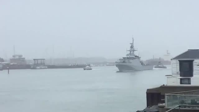 Watch and share Proud Of Portsmouth - A Final Bagpipe Farewell To @HMS Forth Off South To The Falklands Islands. W GIFs by @VICTOR196331 on Gfycat