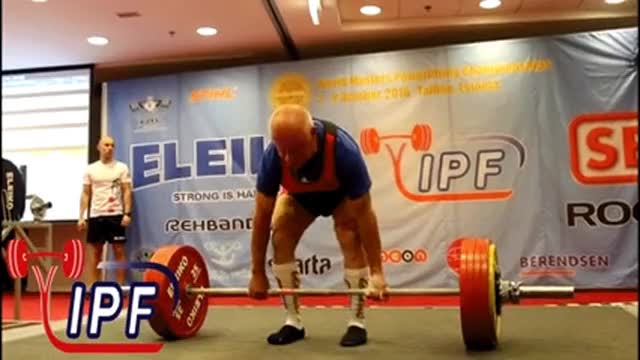 Watch a 71-year-old powerlifter set a world record   FOX Sports
