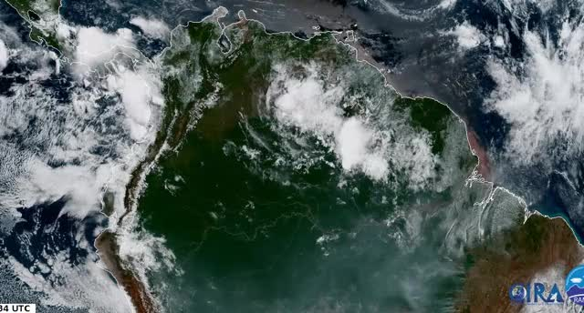 Watch and share Goes-16 GIFs by gustavobc on Gfycat