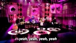 Avril Lavigne, avril, avrilandrockedits, avriledit, avrillavigne, gif, lavigne, video, what the hell, сute, \m/ Avril Lavigne And Rock'n'Roll \m/ GIFs