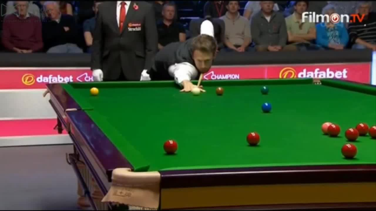 snooker, [Gfy of the Day] Judd Trump with some impressive cue power (reddit) GIFs