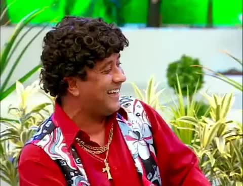 Watch Carlos Alberto LOL 3 GIF on Gfycat. Discover more alberto, carlos, nobrega, nossa, praça GIFs on Gfycat