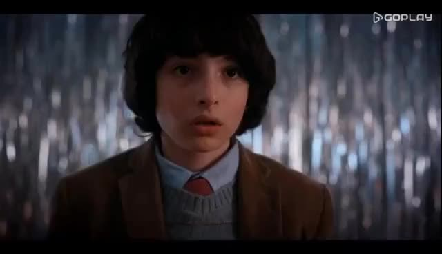 Watch Stranger Things [2x09] - Snowball Dance GIF on Gfycat. Discover more finn wolfhard GIFs on Gfycat