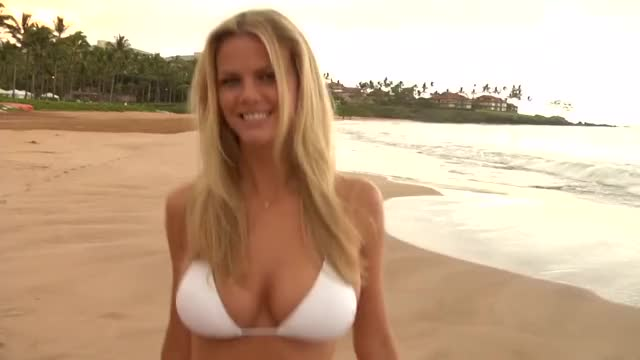 Watch and share Sports Illustrated Swimsuit GIFs and Brooklyn Decker GIFs on Gfycat