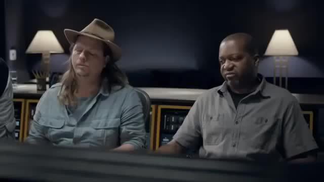 bdd539774557 Foot Locker Commercial - Harden Soul ft. James Harden and Stephen Curry  2013 (reddit) GIF