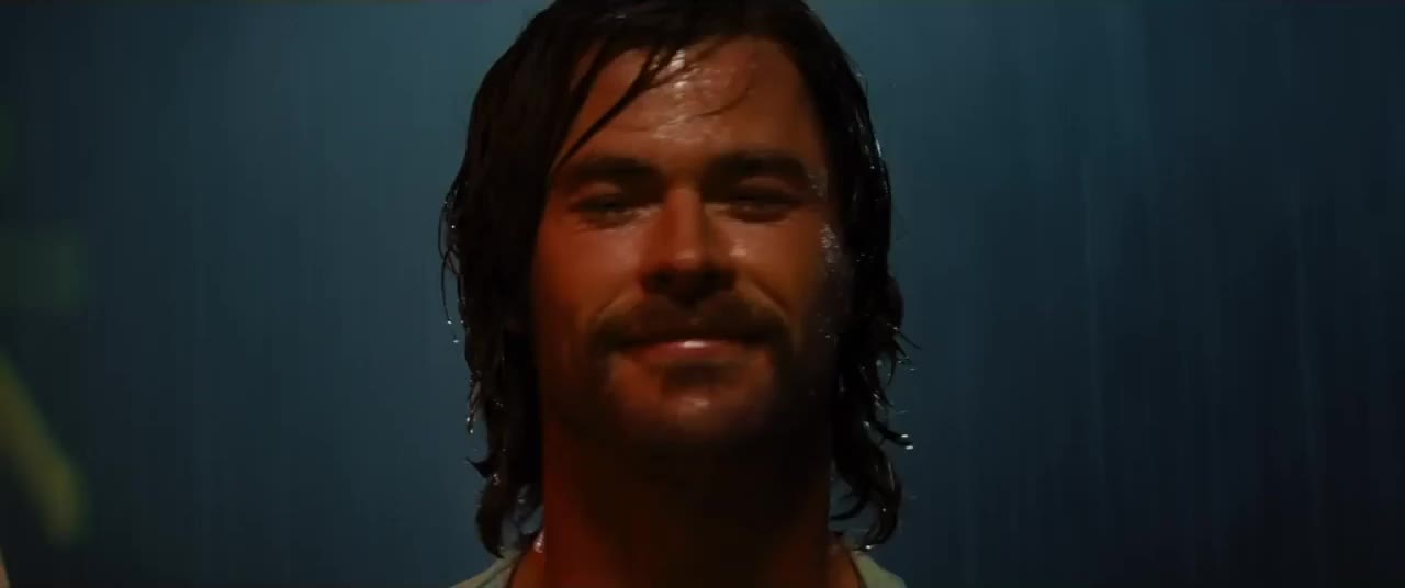 bad times at the el royale, chris hemsworth, hello, hey, hi, howdy, Howdy GIFs