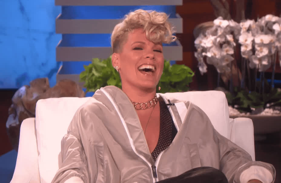 ellen show, funny, haha, hilarious, laughing, lol, pink, Pink LOL GIFs