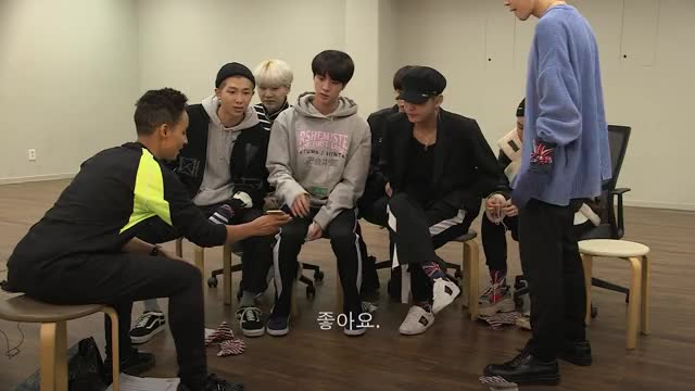 Watch BTS Exclusive Interview #BTSonBBCR1 GIF by Koreaboo (@koreaboo) on Gfycat. Discover more Adele, BBC Radio1, BTS, BTS dance, BTS exclusive, Bangtan, DNA, K-Pop, Mic Drop, Mr Son GIFs on Gfycat