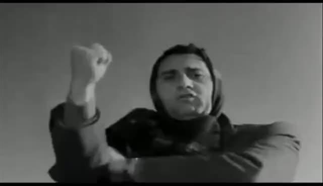 Watch I Vitelloni - Alberto Sordi - Lavoratori (pernacchia) GIF on Gfycat. Discover more related GIFs on Gfycat