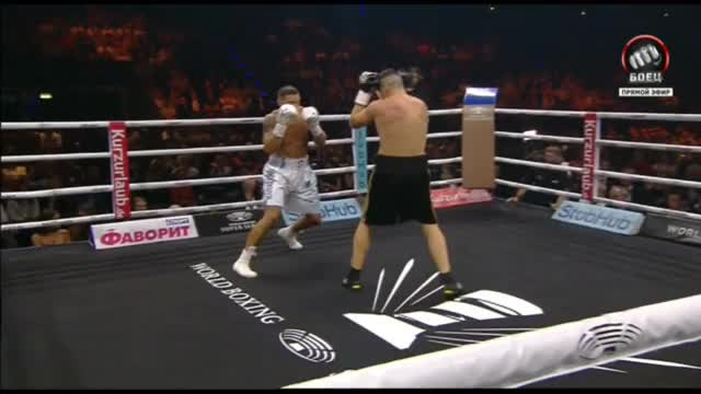 Watch Oleksandr Usyk vs Marco Huck Full Fight / Александр Усик - Марко Хук Полный бой GIF on Gfycat. Discover more oleksandr usyk vs marco huck, oleksandr usyk vs marco huck full fight, александр усик - марко хук GIFs on Gfycat
