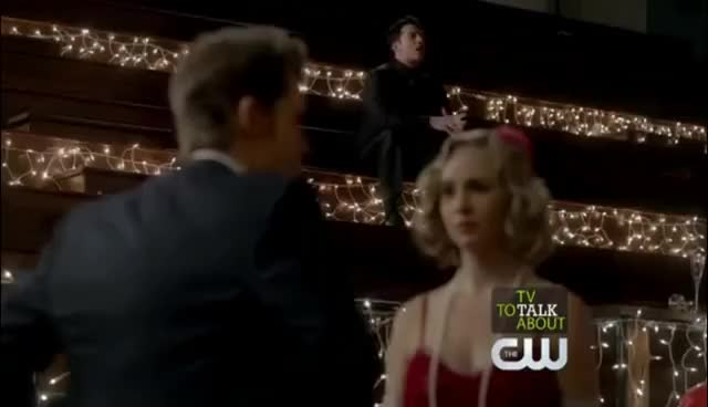Watch 3x20 GIF on Gfycat. Discover more Tyler e Caroline GIFs on Gfycat
