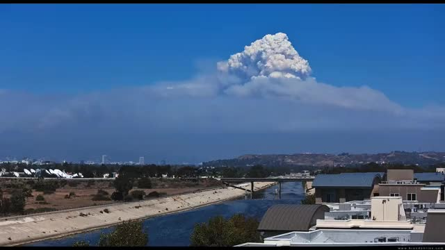 Watch Pyrocumulus bonus gif from the Station Fire, north of LA in 2009 (reddit) GIF on Gfycat. Discover more weathergifs GIFs on Gfycat