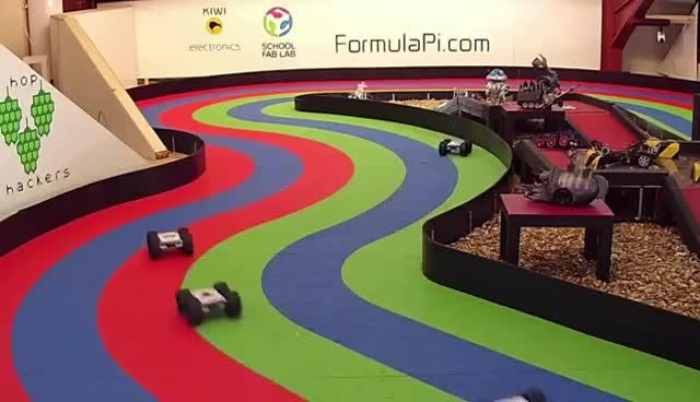 Formula Pi WS2016 Race 1 Highlights GIFs