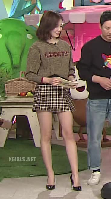 Watch and share Jang Ye Won-190203-5-www.kgirls.net GIFs by KGIRLS on Gfycat