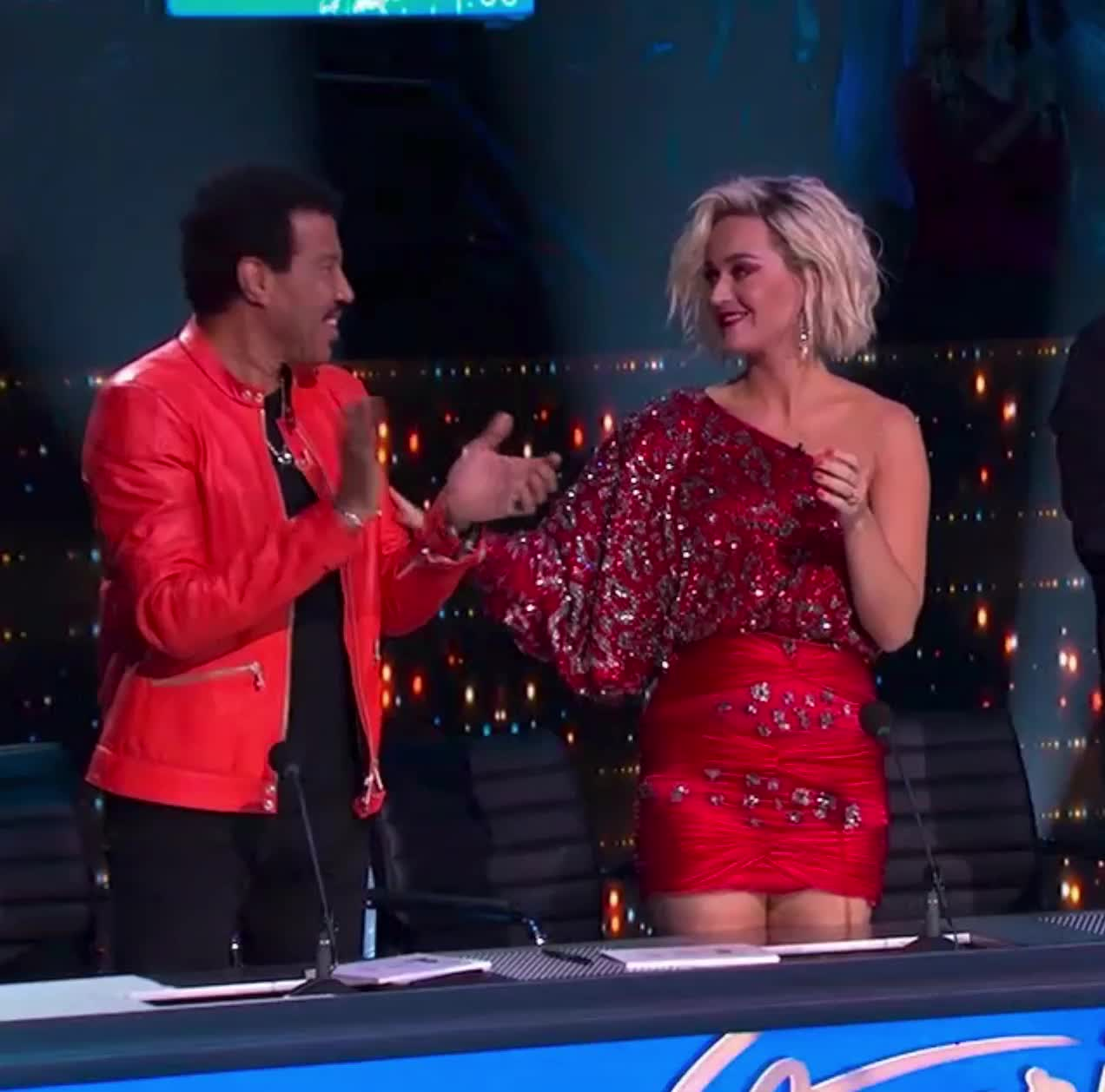 american idol, american idol season 17, americanidol, high five, katy perry, lionel richie, luke bryan, ryan seacrest, season 17, American Idol Katy Lionel High Five GIFs