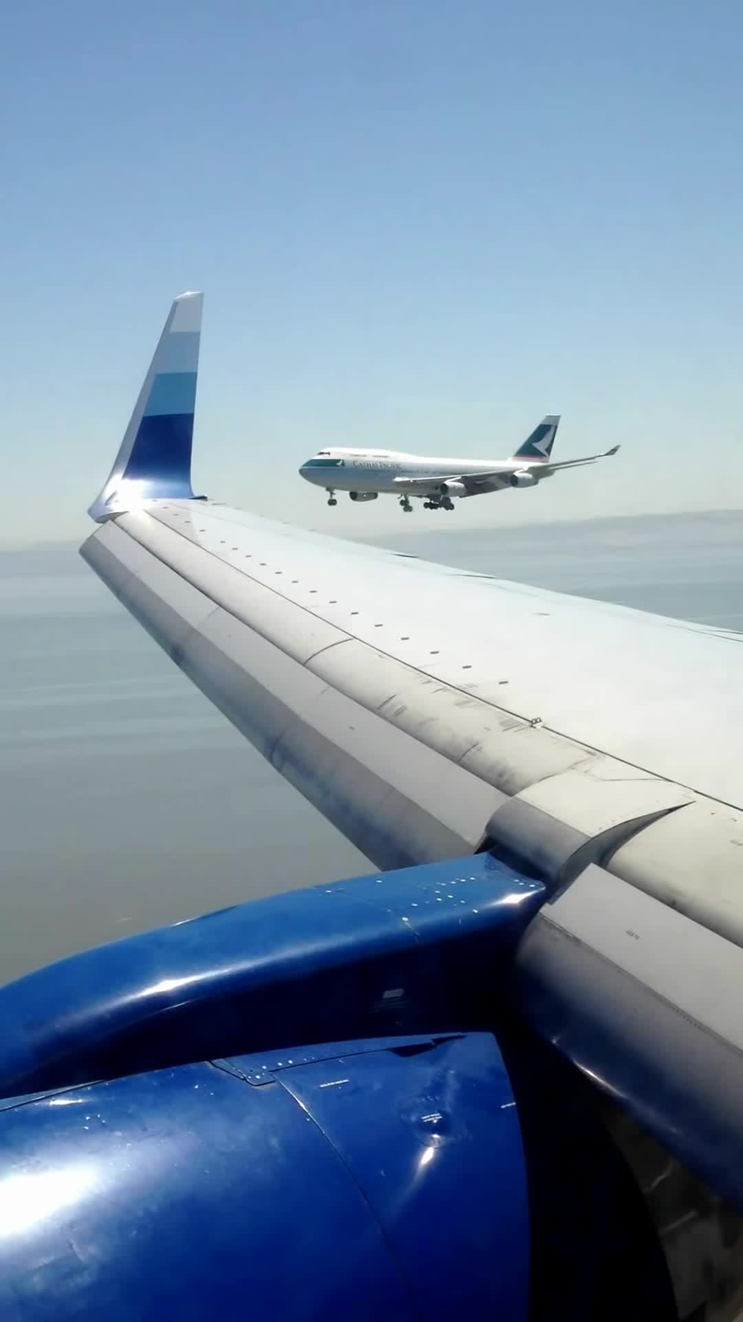 747, Boeing 747 (Aircraft Model), Landing, United Airlines (Airline), air traffic control, cathay pacific, san francisco, san francisco airport, san francisco international airport, sfo, UA 757 Go-Around @ SFO After Losing Separation w/ Cathay 747 GIFs