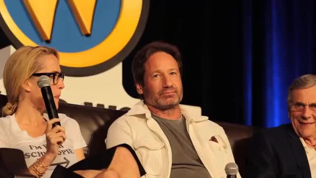 Watch Wizard World Chicago Comic Con 2016 – The X-files panel clips GIF on Gfycat. Discover more ComicCon, X-Files, celebs, david duchovny, xfiles GIFs on Gfycat