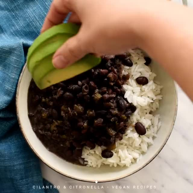 Watch and share Black Beans GIFs and Cuban Food GIFs by lnfinity on Gfycat