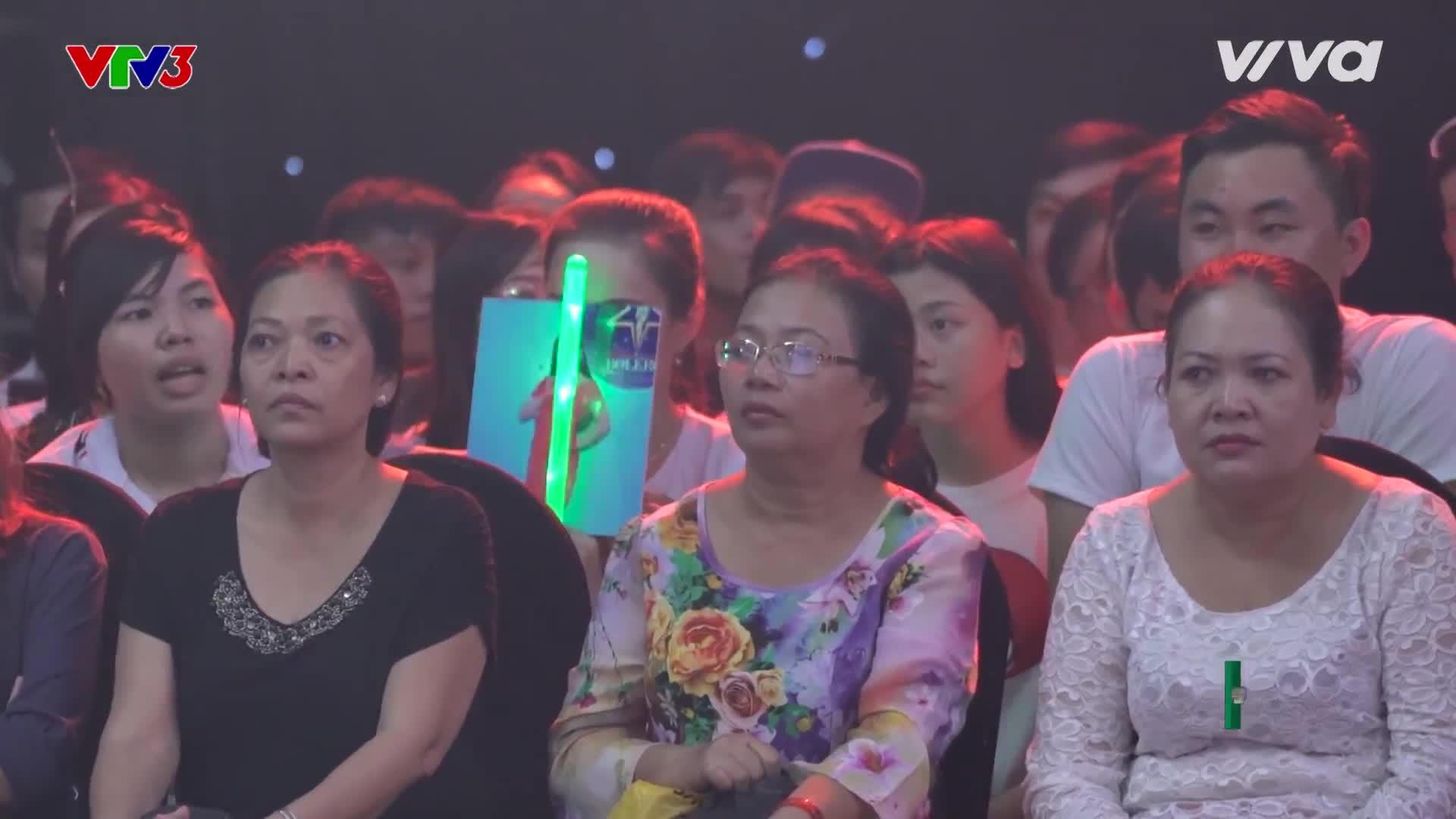 Mỹ nhân đội Quang Lê vượt thử thách 30 giây của HLV Ngọc Sơn để giành vé vàng