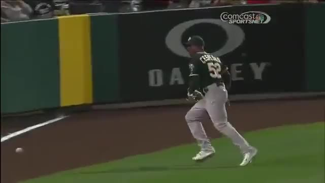 Yoenis cespedes throws out howie kendrick at home reddit for Howie at home