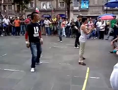Watch bailando GIF on Gfycat. Discover more dfg GIFs on Gfycat