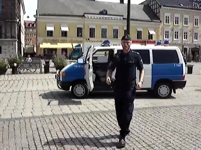 Watch and share Stortorget GIFs and Swedendj GIFs on Gfycat