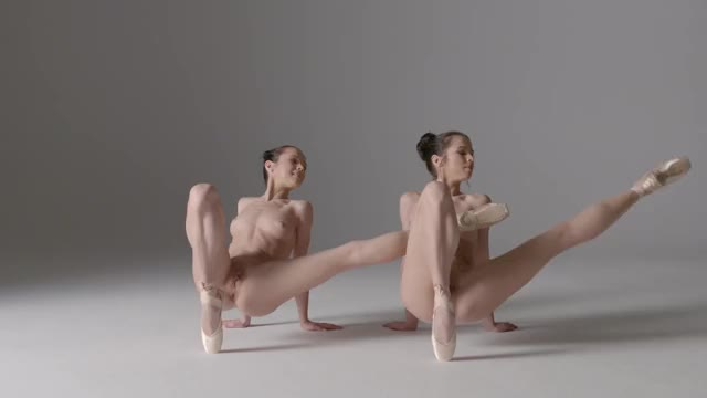 nude ballet Julietta and Magdalena twins - Hegre