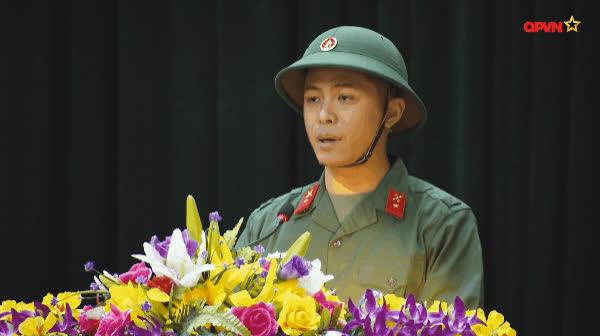 Vừa khiến đồng đội nở mày nở mặt, Gin Tuấn Kiệt đã bị phạt tội hồn nhiên
