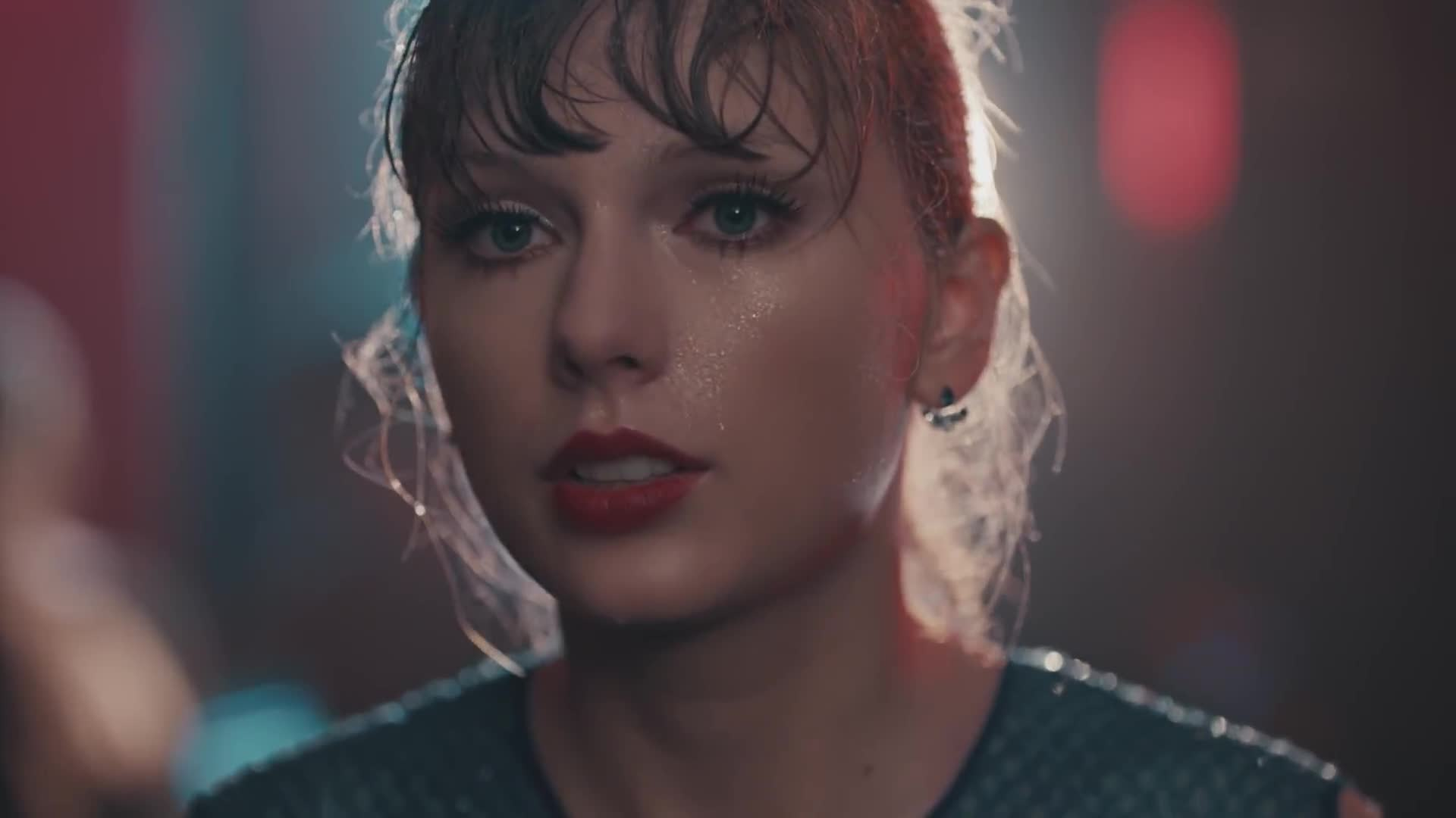 Big, Delicate, LLC, Machine, Music, Pop, Records, Taylor Swift, TaylorSwiftVEVO, celebs, Taylor Swift - Delicate GIFs
