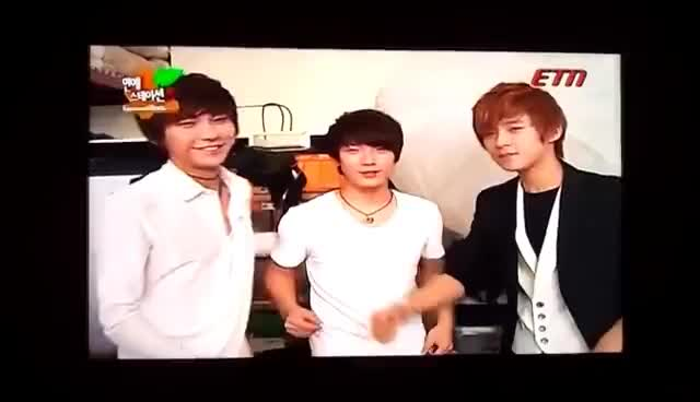 Watch fighting GIF on Gfycat. Discover more FT Island GIFs on Gfycat