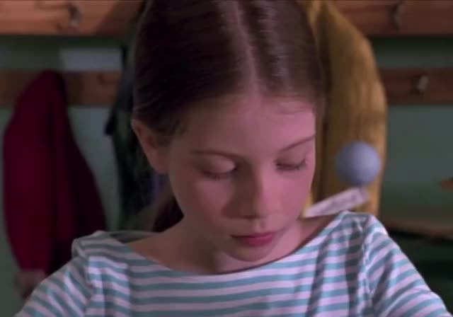 Watch Harriet the Spy Glare GIF by The GIF Forge (@leahstark) on Gfycat. Discover more are you kidding me, glare, harriet the spy, michelle tratchenberg, suspicious, umm GIFs on Gfycat