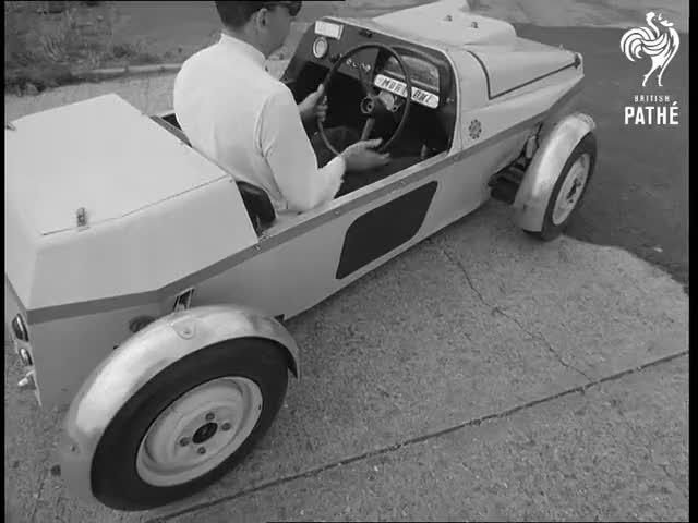 Watch Mobi One 4-Wheel Steering Prototype (1968) GIF on Gfycat. Discover more 2063.12, 68/051, BritishPathe, Buckinghamshire, Langley, Maurice, Reuters, cars, footage, motor GIFs on Gfycat