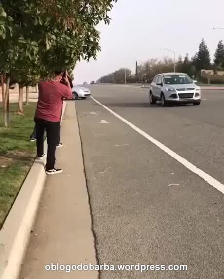 Watch and share On The Road GIFs and Accident GIFs by Blog do Barba on Gfycat