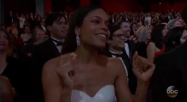 Watch this oscars 2017 GIF by Vera Yuan (@verbear) on Gfycat. Discover more oscars, oscars2017 GIFs on Gfycat